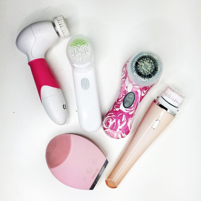accessori per la pulizia del viso