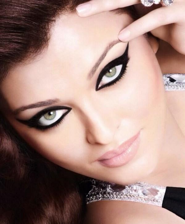 Beautiful-Eye-Makeup-With-Kajal1