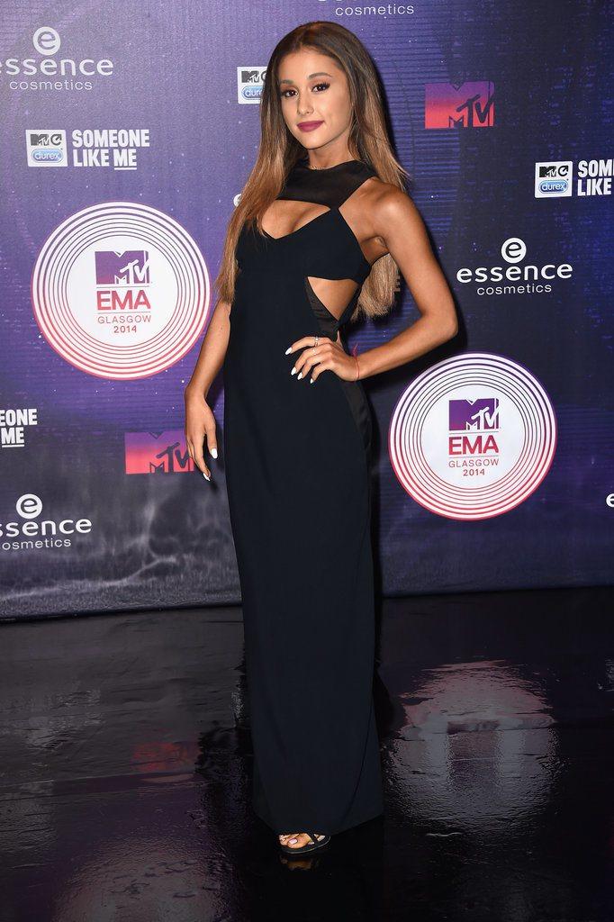 Ariana grande vero colore dei capelli