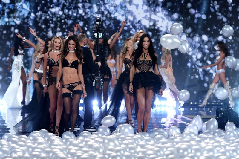 Victoria-Secret-Fashion-Show-2014-Pictures