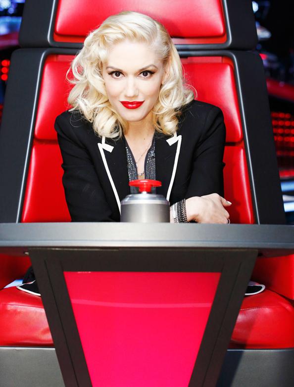 Anche Gwen Stefani si affida alle mani sapienti di Francesca Tolot per i suoi look sfoggiati al telent The voice!