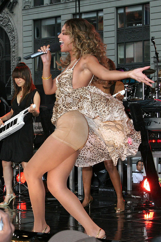 Beyonce appears live on Good Morning America's concert series