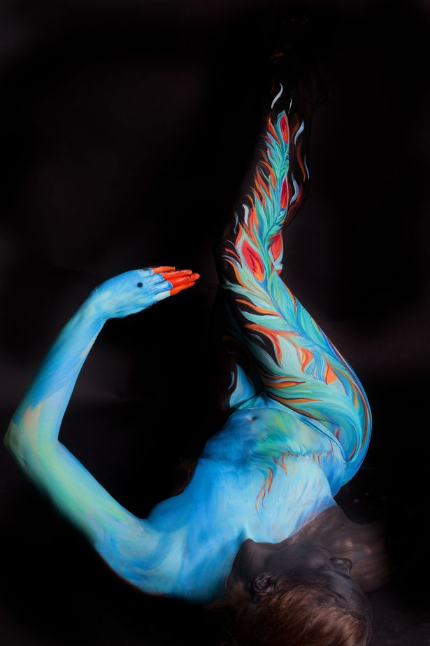 £££ Body art by Gesine Marwedel